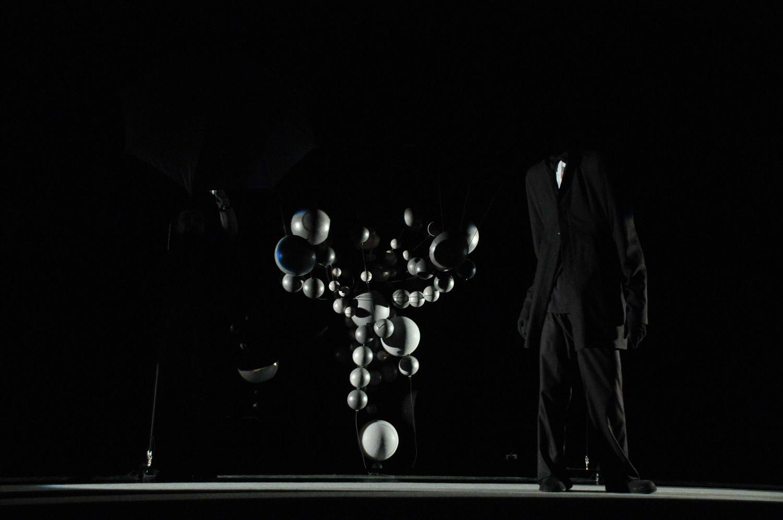 In the dark _008